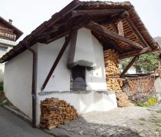 The old village communal oven